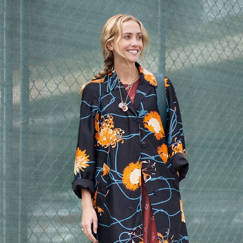 Here's What to Wear When It's 70 Degrees in the Fall