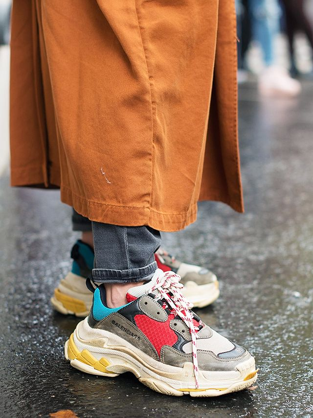 Triple S Sneakers Balenciaga: Worn with jeans