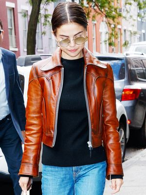 The Comfortable Fall Shoes Selena Gomez Can't Stop Wearing