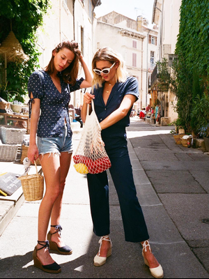 The $3 Net Grocery Bag That French Fashion Girls Are Obsessed With