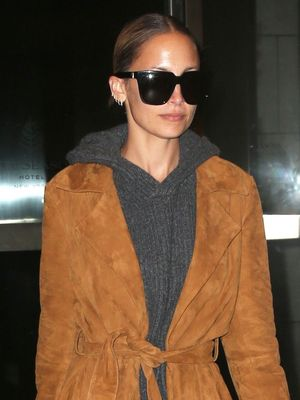 We'll Be Trying Nicole Richie's Super-Chill Look for Our Next Flight