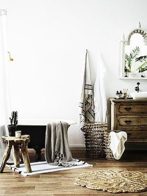 This Interiors Expert Styled the Byron Bay Bathroom of Our Dreams