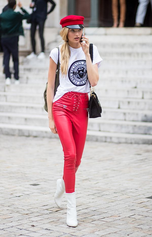 romee strijd graphic tee outfit