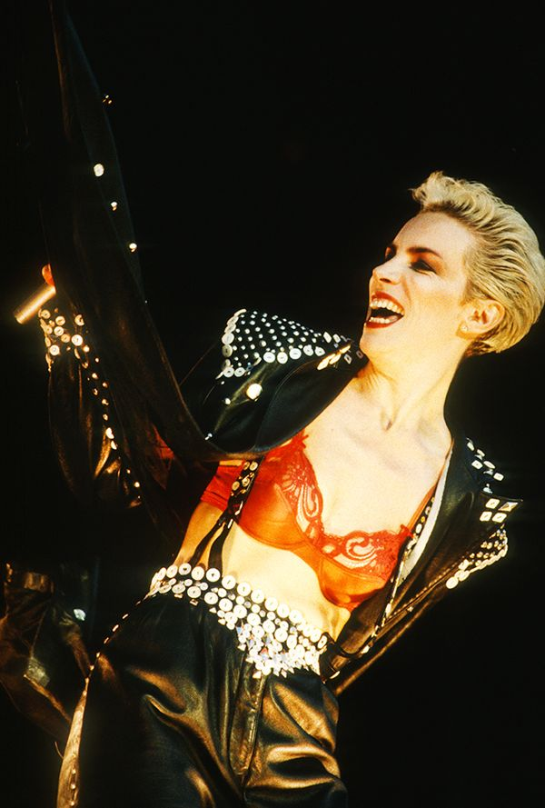 See Annie Lennox's Best Style Moments