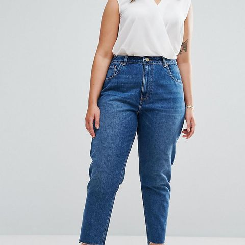Original Mom Jeans in Harley Wash With Split & Stepped Hem