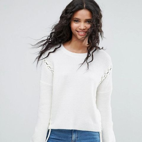 Chunky Sweater With Lace-Up Seams