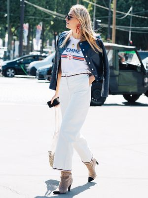 8 Graphic Tee Outfits to Try This Spring