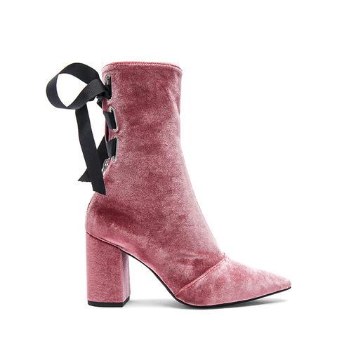 Velvet Kibbont Boots