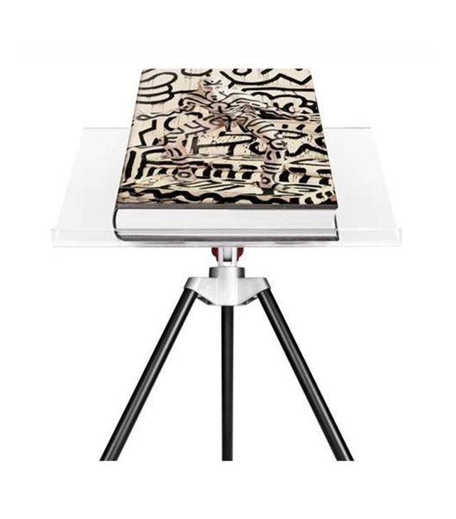 Annie Leibovitz Book and Stand