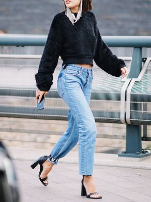 Fashion Girls Swear By These Vintage Jean Brands