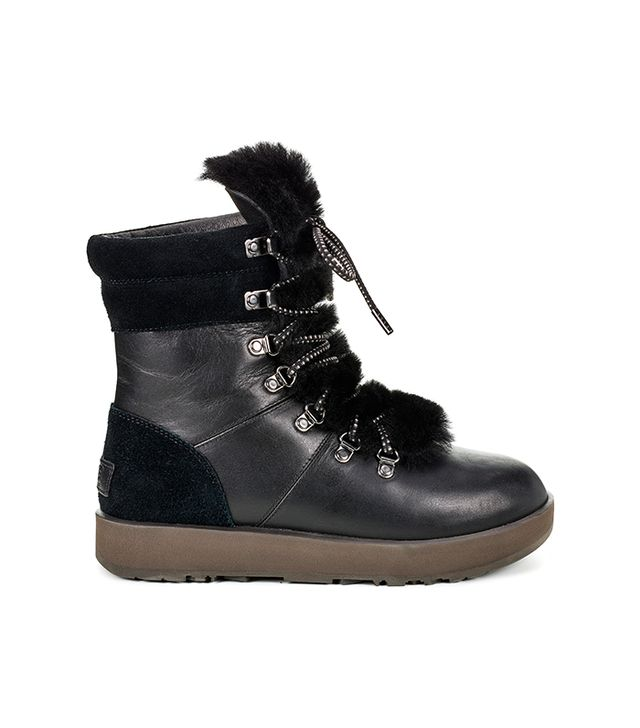 UGG Viki Waterproof in Black