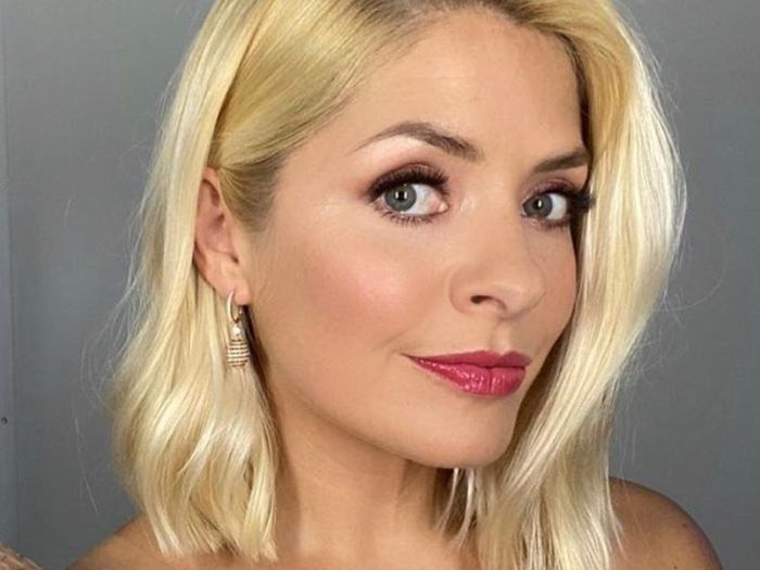 Holly Willoughby Just Wore the £85 & Other Stories Dress That We All Want