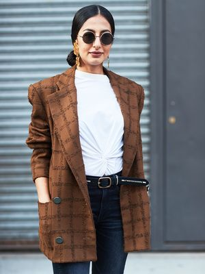 The Capsule Wardrobe: How to Reduce Your Closet to 37 Pieces