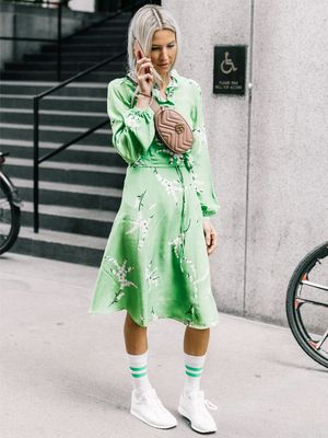 9 Cute Sneaker Outfits That Actually Look Dressed Up