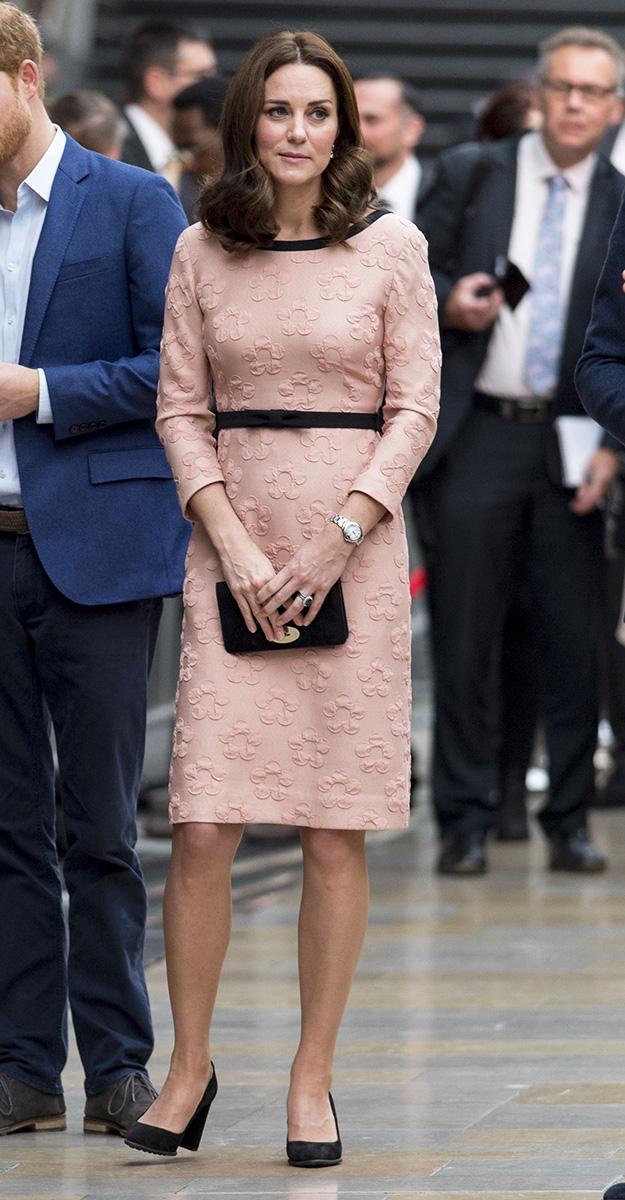 kate middleton pink maternity dress