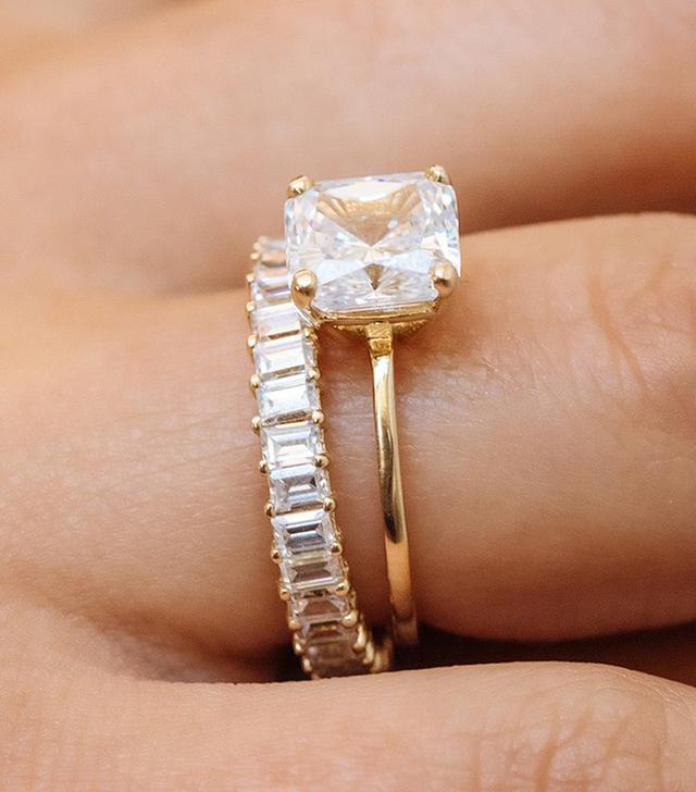 Après Jewelry The Stella Ring Cushion