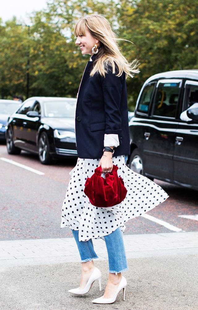 Lisa Aiken Street Style, Jeans