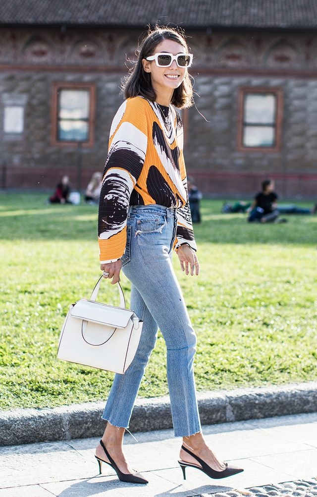 Sweater and Skinny Jean Outfit, Street Style