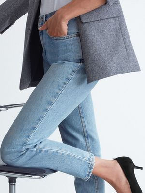 The Comfortable New Heels Fashion Editors Will Wear With Jeans