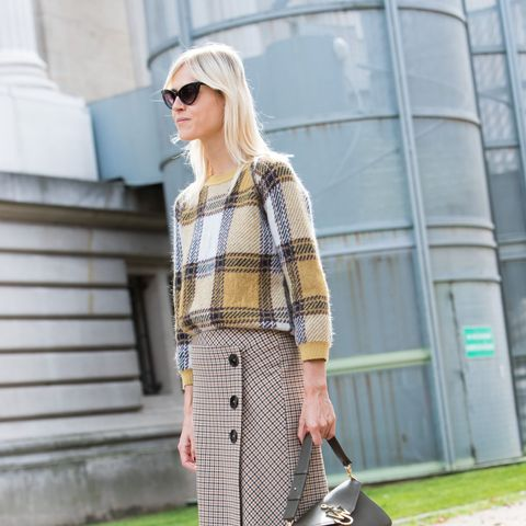 10 Chic Ways to Wear a Plaid Shirt Every Day