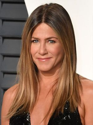 Jennifer Aniston Swears By This Hair Product to Eliminate Frizz
