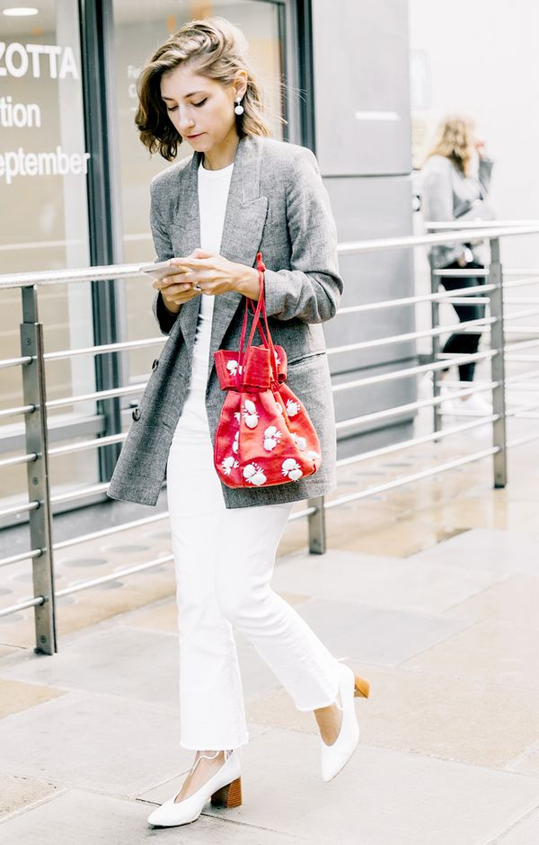 white jeans blazer outfit