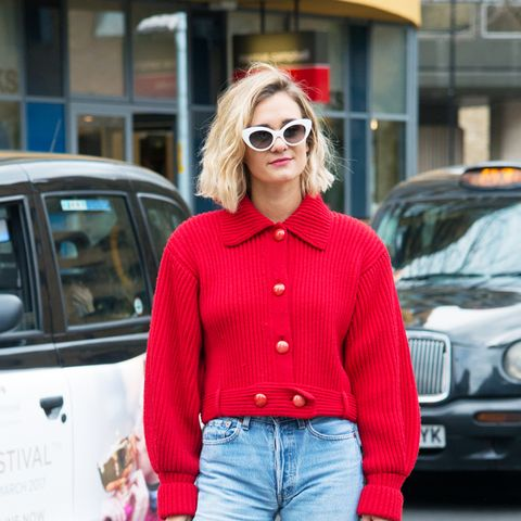 parisian style: Anne-Laure Mais wearing low heels and jeans