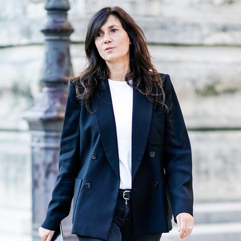parisian style: Emanuelle Alt wearing black blazer