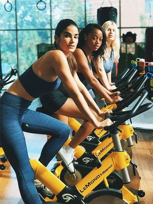 10 It Girl–Approved Outfits for Your Next Spin Class