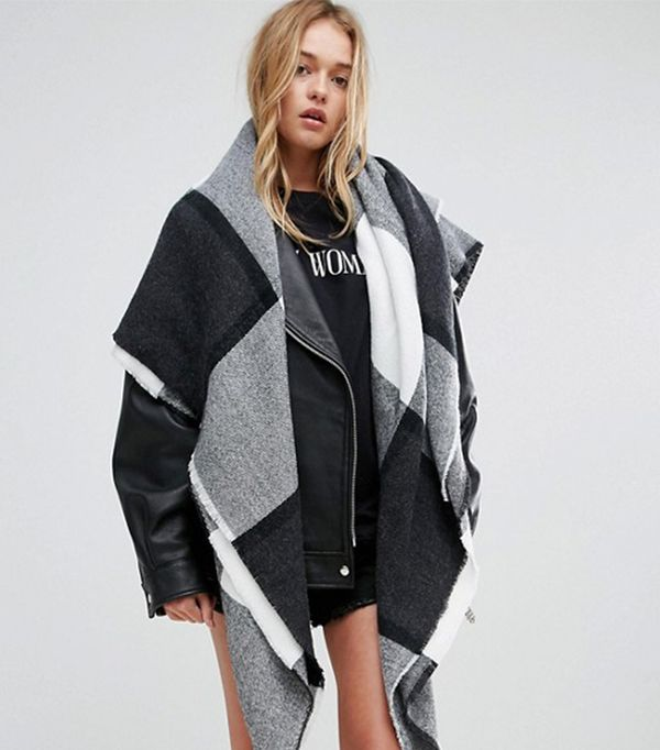 Oversized Square Scarf In Blown Up Check