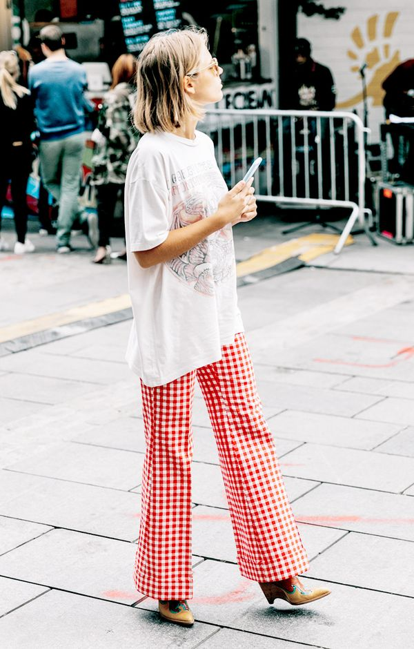 dressed up t-shirt street style