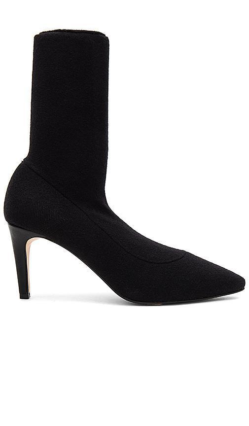Jay Heel in Black. - size 9 (also in 8,8.5,9.5)