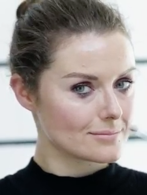 The Tiny (but Brilliant) Hack I Learned From This Makeup Artist's Tutorial