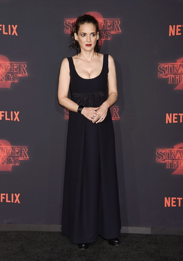Stranger Things 2 Premiere Red Carpet outfits