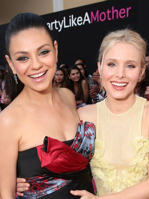 "Mila Kunis and Kristen Bell Just Got Matching ""Friendship Haircuts"""