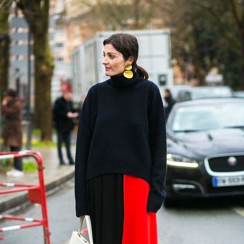 Save These 11 Oversize-Sweater Outfit Ideas for the Dead of Winter