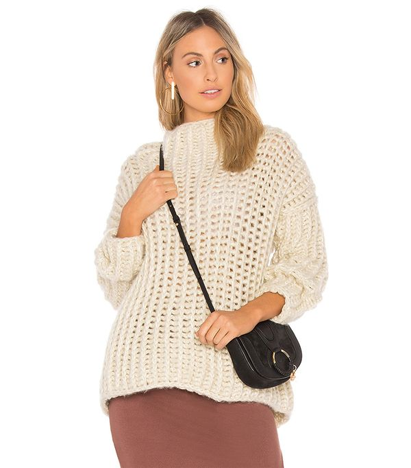 Malt Sweater in Beige. - size M/L (also in S/M)