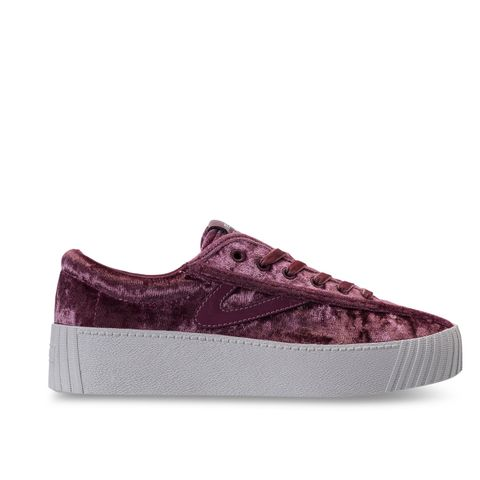 Women's Nylite 4 Bold Crushed Velvet Casual Sneakers