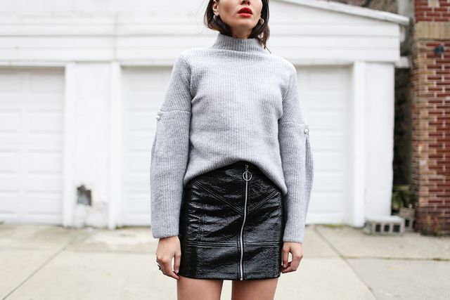 """Is it just us, or does this outfit remind you of a certain someone? As it turns out, we were correct. """"Who doesn't love AlexaChung?"""" Suarez asked us when we asked her about her ultimate UK..."""