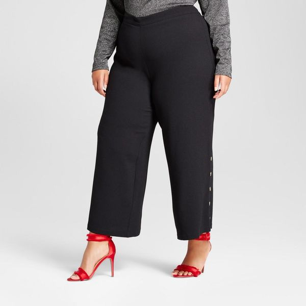 Plus Size Skinny Leg Side Snap Cropped Trouser