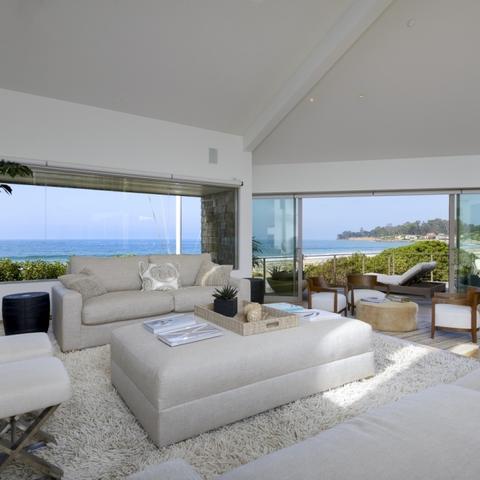 Step Inside Ellen Degeneress Dreamy 186 Million Beachfront Home
