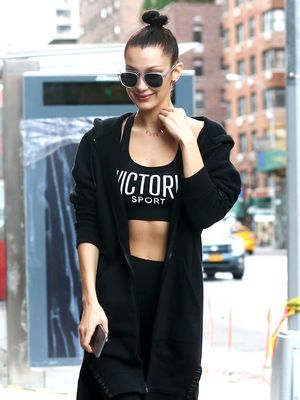 Here's Exactly What to Wear to Hot Yoga