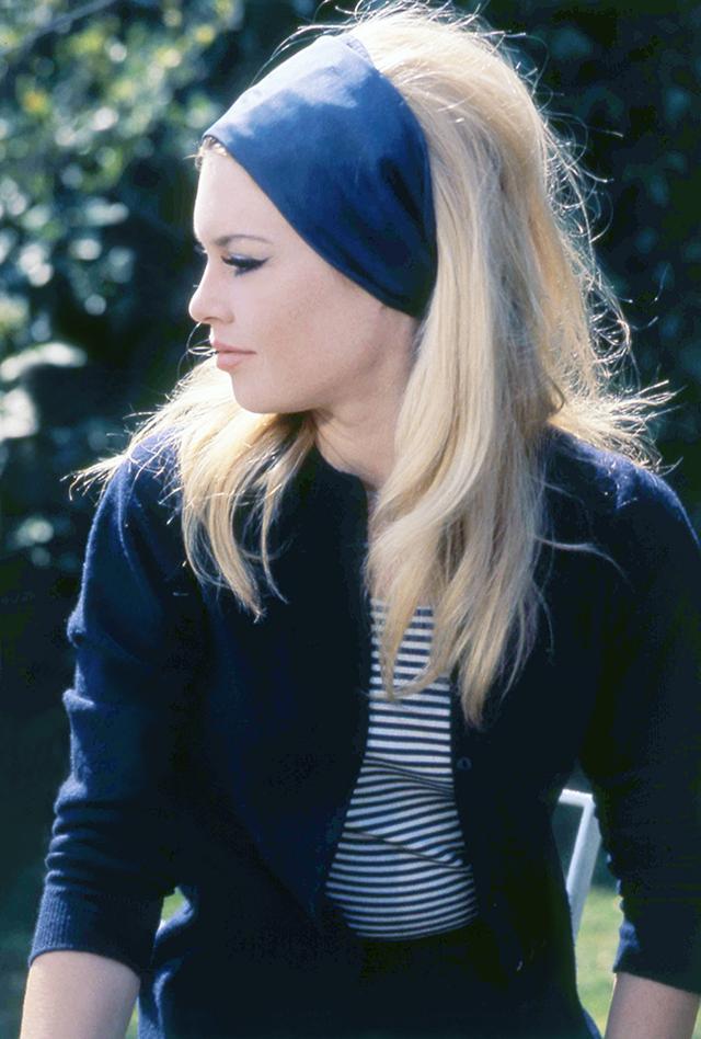 ca40f93b24cb Brigitte Bardot Costume Ideas & How To Dress Up And Do Makeup And ...