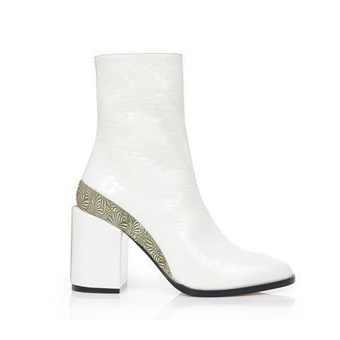 Spirit Boots in White