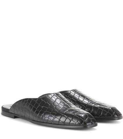 Croc-effect slippers