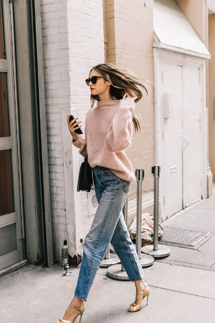 25 New Ways To Wear Mom Jeans Who What Wear