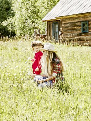 The Best Advice for Traveling With Kids (From a Seriously Cool Mom)