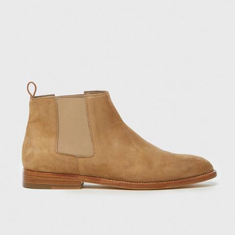 Chelsea Boots in Dark Sand Suede