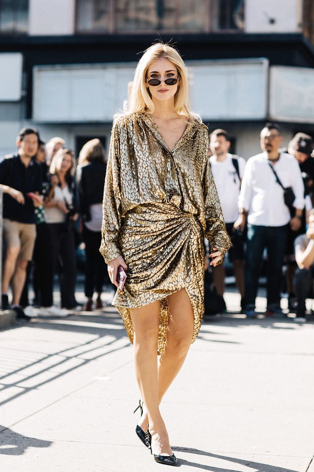 20 Black-and-Gold Outfits to Wear This Winter