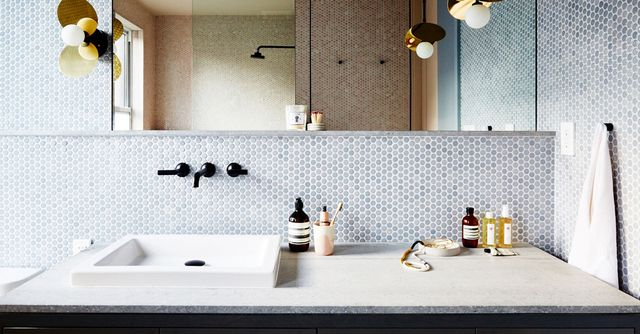 These are 2018 39 s hottest tile trends mydomaine for Bathroom interior design trends 2018